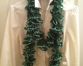 Crochet Ruffled Scarf Green
