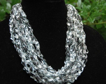 Black Silver Crochet Trellis Necklace - Adjustable Necklace, Ladder Yarn Necklace, Women Necklace