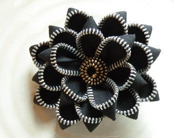 Black Recycled Vintage Zipper Brooch
