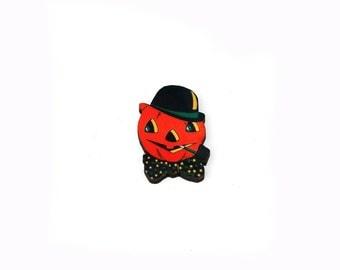 Halloween Brooch, Smoking Pumpkin Brooch, Halloween Badge