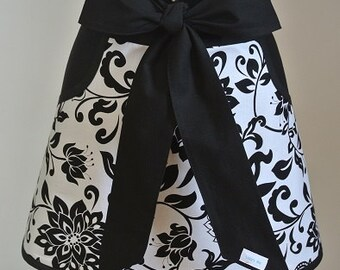 Black and White Print with Black Pockets and Ties Adult Half Apron
