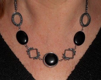 Black necklace, black stone necklace, onyx necklace, boho chic necklace, Silver link necklace , black stone jewelry, boho jewelry