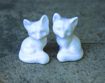 Wedding Cake Topper Two Foxes in Stoneware with White Glaze