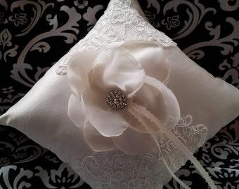 Magaret Ring Bearer Pillow