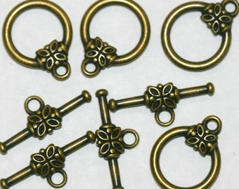 Toggles,Flower,Antiqued Brass 12 Toggles PTC-B-13