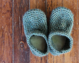 Pattern for Wool Sheepskin Crochet Slippers  - For Adults - Size 5.5 to 13 - Instant Download