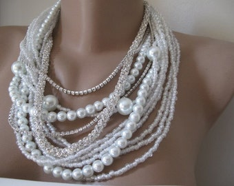 White  Pearl Pearl Necklace,  Layered Necklace, Bold Bridal Wedding Pendant. Rhinestone Chain