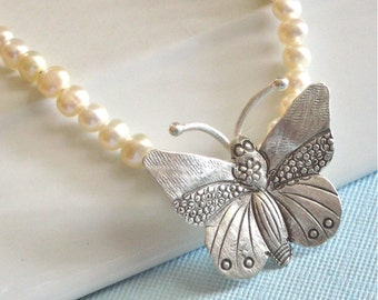 Butterfly Necklace - Pearl Necklace, Nature Jewelry, Wedding Jewelry, Hill Tribe Silver Necklace