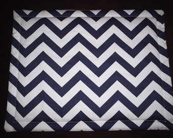 Set of 6 Navy and Yellow Reversible Chevron Placemats