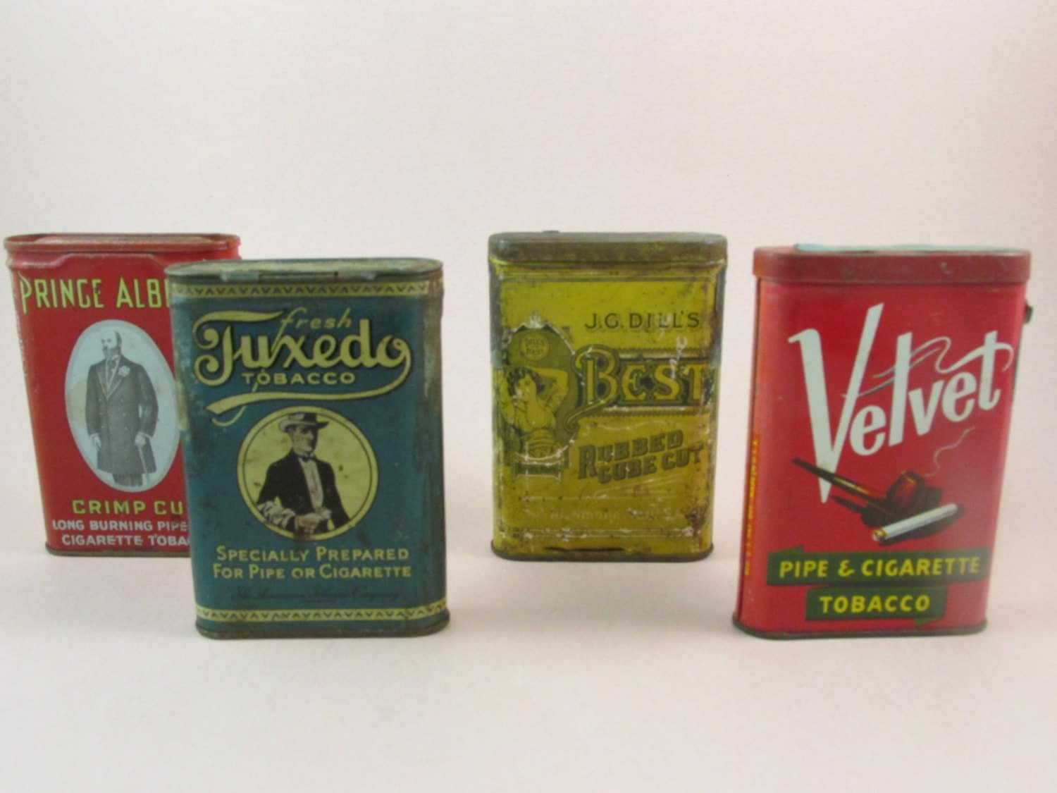 how to open a tin of pipe tobacco