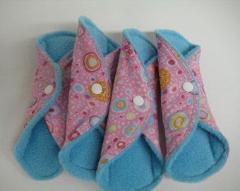 Blue Raspberry Regular Cloth Pad Set of 4