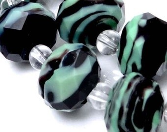 14 Czech glass Faceted Rondelle Beads - Mint Green black Swirl 12x8mm (e7134)