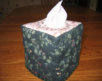Green Floral Ivy Tissue Cover