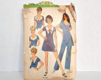 "1970s Mini Dress Pattern with Scoop Neck and Detachable Collar  - Size 12 - Bust 34"" Simplicity 8746"