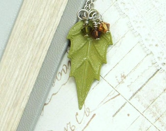 Fall Leaf Necklace Green Leaf Necklace Autumn Leaf Necklace Woodland Necklace Leaf Jewelry Nature Necklace