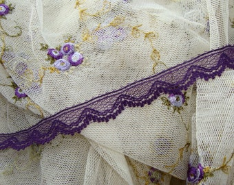 3 Yards Vintage Soft Purple Lace