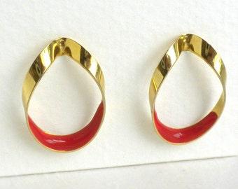 Vintage Red Enamel Hoop Pierced Earrings - Gold Tone