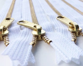 Metal Zippers-Brass Teeth -Ykk Purse Zippers with a Long Handbag Pull Color 501 White-5pcs- Available in 8,9,12,14 and 16 Inch