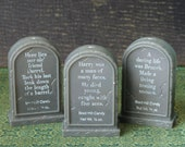 3 Vintage Tombstone Headstone Grave Stone Plastic Halloween Graveyard Candy Containers