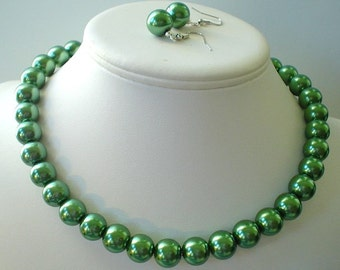 50 % Off Chunky Dark Olive Green Glass Pearl Beaded Necklace Set     Great for Bridesmaid Gifts
