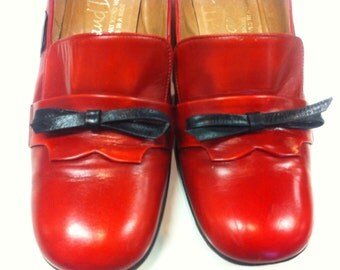 Spectator Pumps, Red Loafer Heeled Shoes, by Hill and Dale, Ladies Vintage Leather Heels with Bows, Size 7 Red Heels MCM 1960s SALE