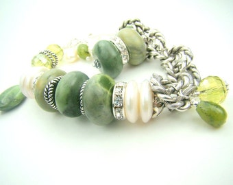 Green jade bracelet, chunky pearl charm bracelet, green gemstone, green and white