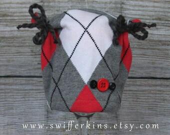 Ready to ship! Newborn girl  upcycled newborn hat. Newborn photo prop.