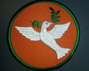 1970s DOVE With OLIVE BRANCH Peace Patch