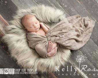 RTS Faux Animal Fur Fabric Baby Props, Wolf Gray/Brown Basket Stuffer Long Faux Sheepskin Faux Fur Newborn Photography Props, Long, Silver