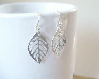 Silver Leaf Earrings Small Silver Lightweight Earrings Leaf Earrings Fashion Jewelry
