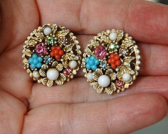 ART (C) Flower Basket Earrings, Gold Washed White Enamel, Pastels, Fun & Feminine, Mint Condition