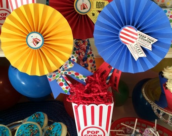 Carnival Centerpiece for Circus Birthday Party.  Pinwheels Centerpiece with Carnival Tickets