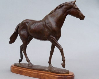 Bronze Sculpture of Secretariat as  Two Year Old Race Horse Thoroughbred Kentucky
