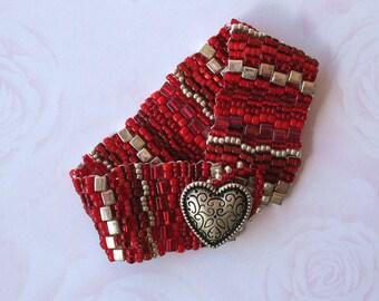 Woven Bead Bracelet in Reds