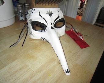 Masquarade Mask White Bird