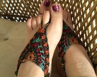 Earthy crochet barefoot sandals // foot jewlery