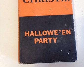Vintage Halloween Agatha Christe Novel Hallowe'en Party 1969 at A Vintage Revolution