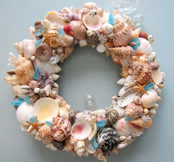Nautical Decor Seashell Wreath, Beach Decor Shell Wreath, Coastal Wreath, Beach Home Decor, Coastal Home Decor, WITH SEAGLASS #CSWSG