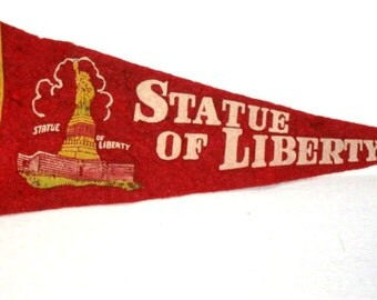 Vintage Statue of Liberty Pennant, Souvenir, New York City Tourist Trip, Red, felt, Upcycle Craft Suppy, Immigrants, Ellis Island History