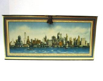 Vintage Extra Large Metal Cookie Box, Biscuit Tin, Aeroplane View of Manhattan Island, New York City, Beachnut, Hinged Lid, Tin, Patina,