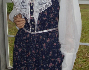 Gunne Sax Dress Calico and Lace in Size 13