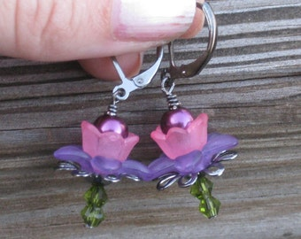 Little Acrylic Flower Earrings