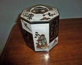oriental tin with lid