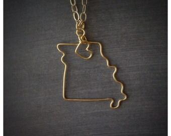 Missouri Necklace - Missouri State Love Necklace - Home State Necklace - Personalized Gift- Missouri Pendant - State Pendant - State Charm