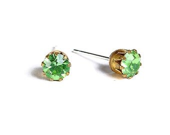 Estate style peridot green rhinestone crystal hypoallergenic stud earrings (484) - Flat rate shipping