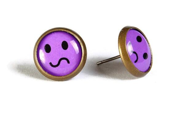 Purple smile smiley hypoallergenic stud earrings (505)