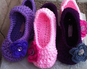 Womens Crochet Slippers, Crochet Slippers, Ladies Slippers, House shoes,