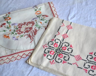 Vintage Linen Table Runners - Hand Embroidered Linen - 2 Table Scarves