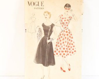 Vintage 1952 Vogue One piece Dress Pattern 7618 size 14