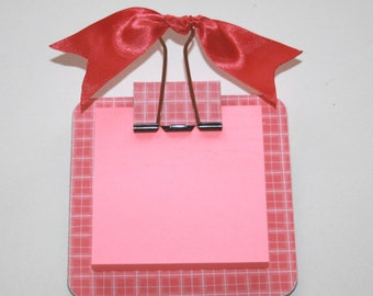 Post it note holder, teacher gift, notepad, memo pad, re-usable, ribbon, pink and white check